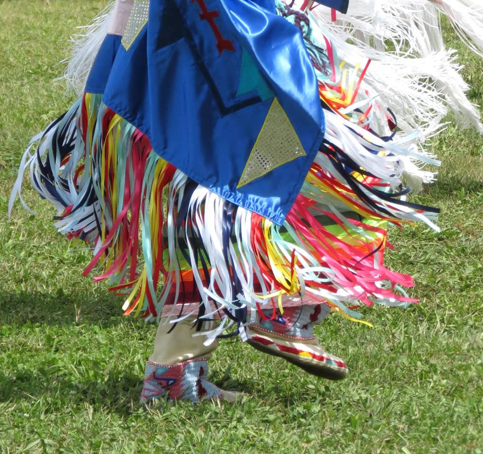 image of nez perce dancer at powwow
